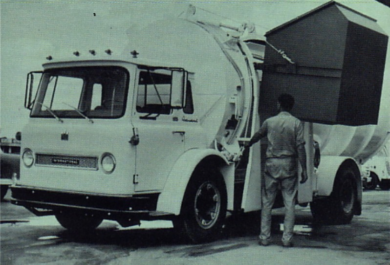 Classic Refuse Trucks INTERNATIONAL HARVESTER